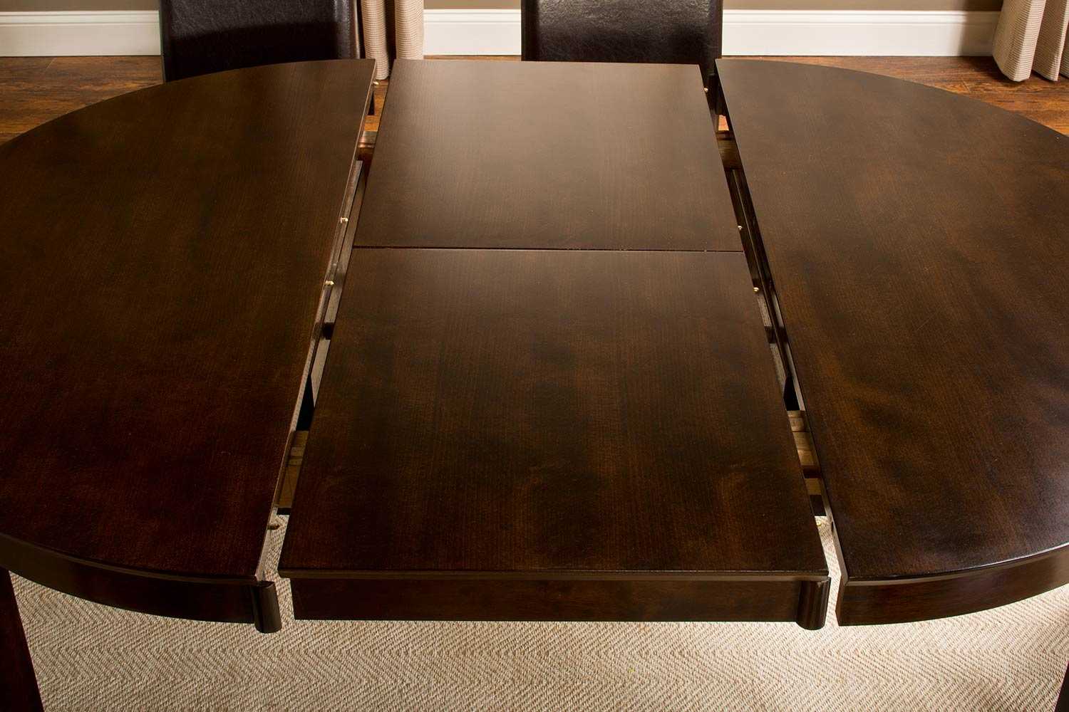 Hillsdale Atmore Dining Table - Cappuccino