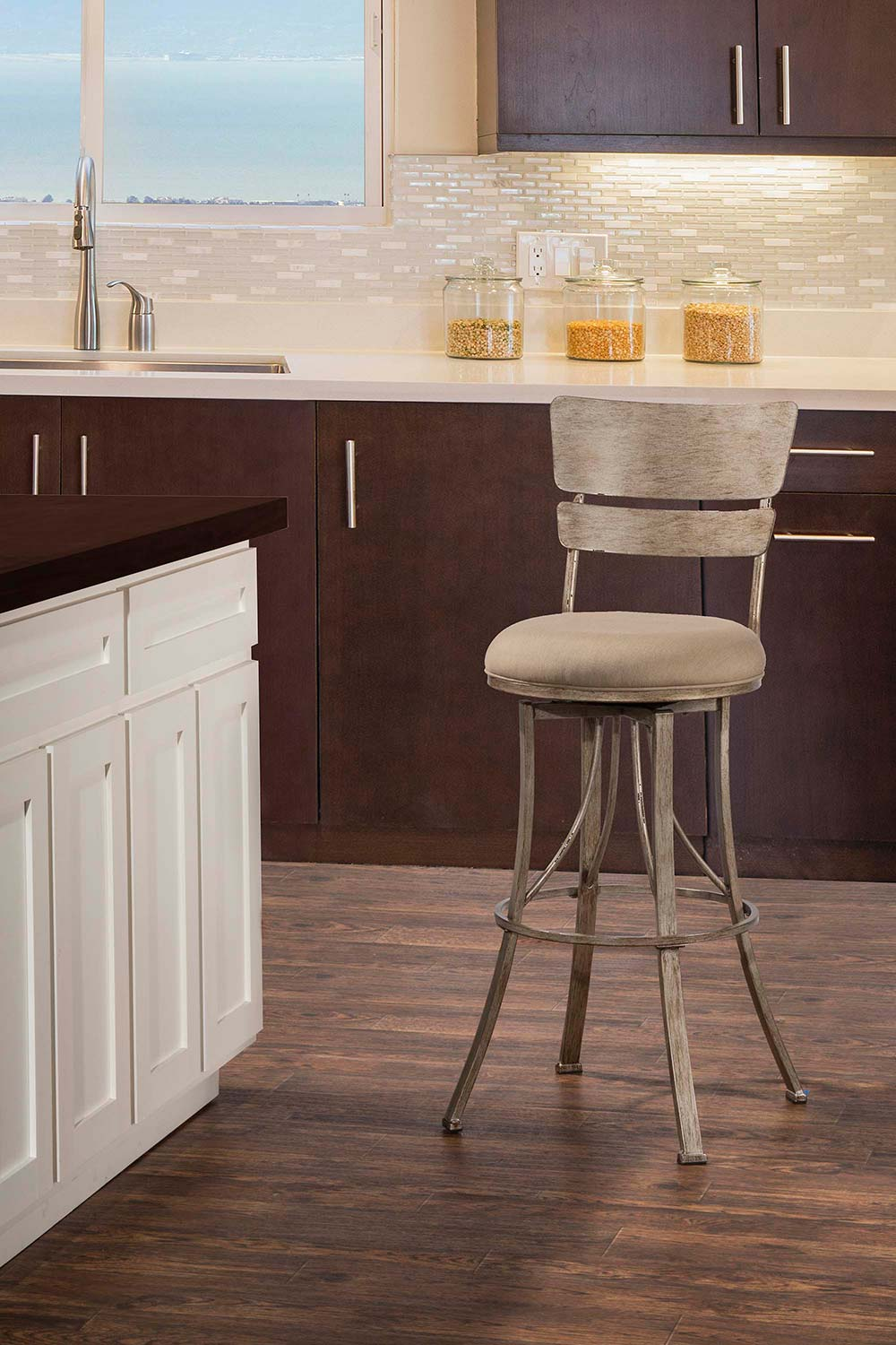 Hillsdale Wakefield Indoor/Outdoor Swivel Counter Stool - Champagne