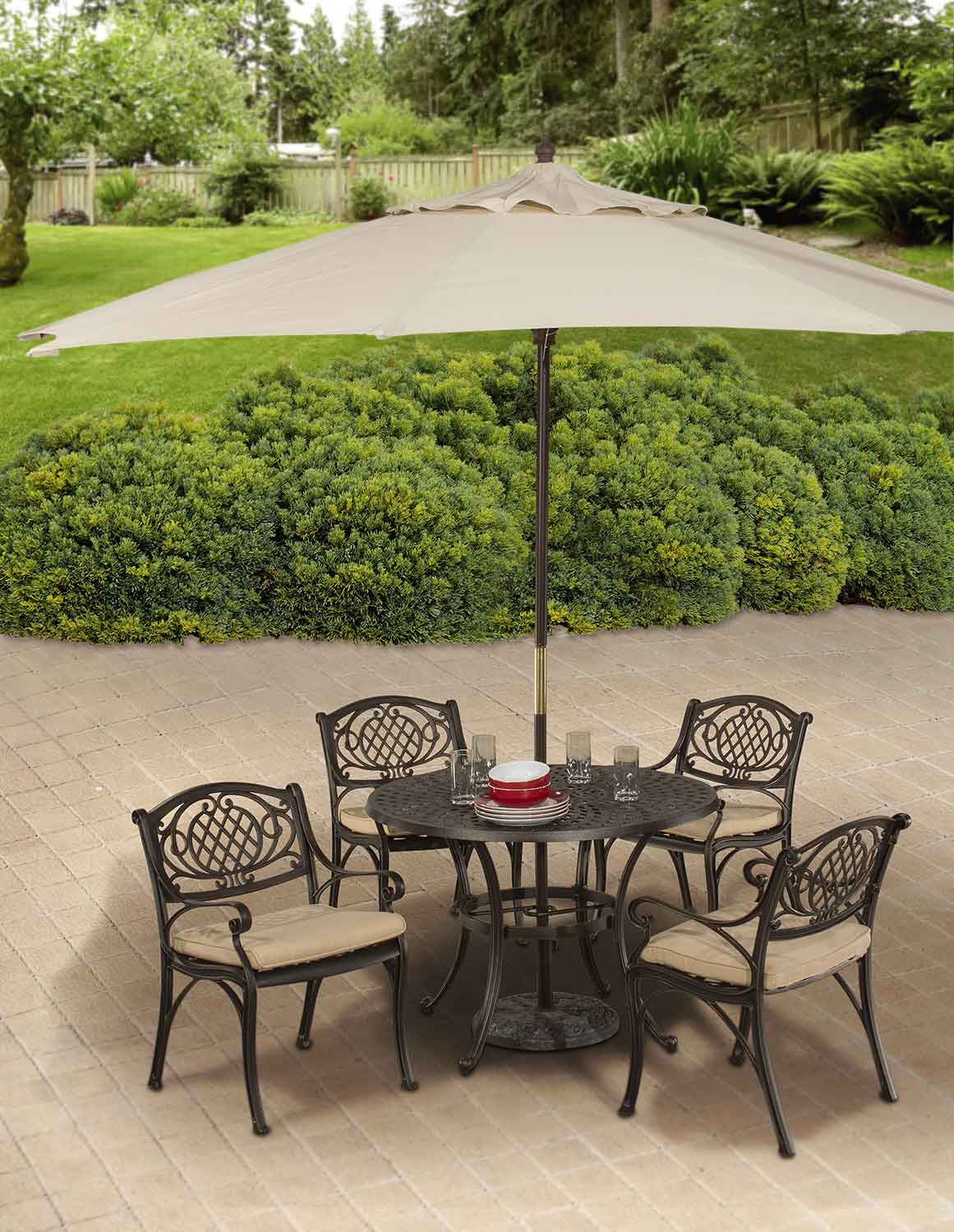 Hillsdale Esterton Indoor/Outdoor 5-Piece Round Dining Set - Black/Gold