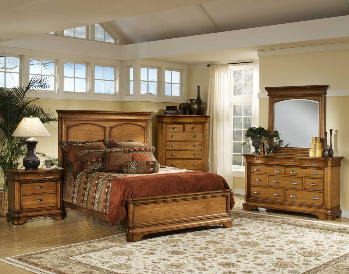 Hillsdale Lafayette Panel Bed