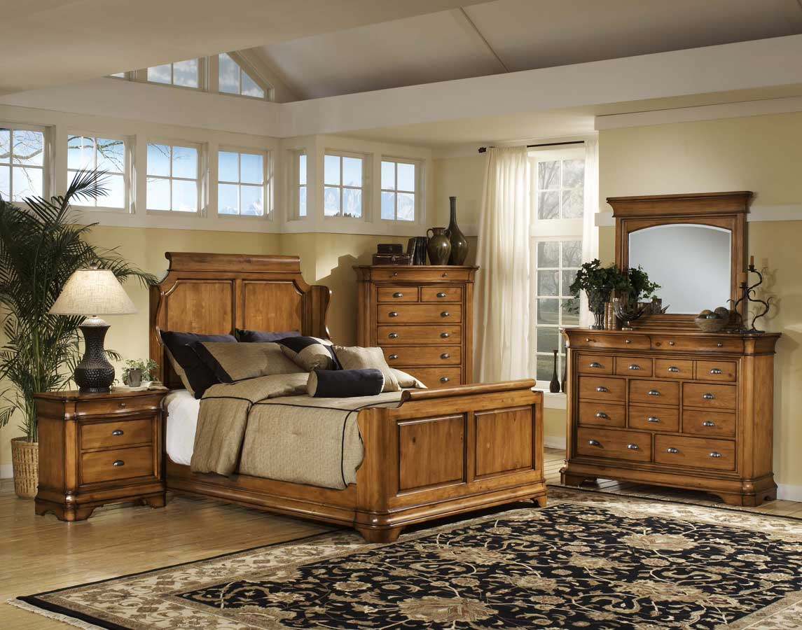 Hillsdale Lafayette Wrap Bedroom Collection