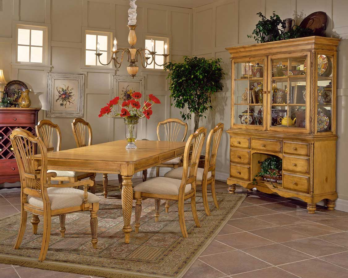 Hillsdale Wilshire Rectangular Dining Collection Antique Pine D4507 Homel