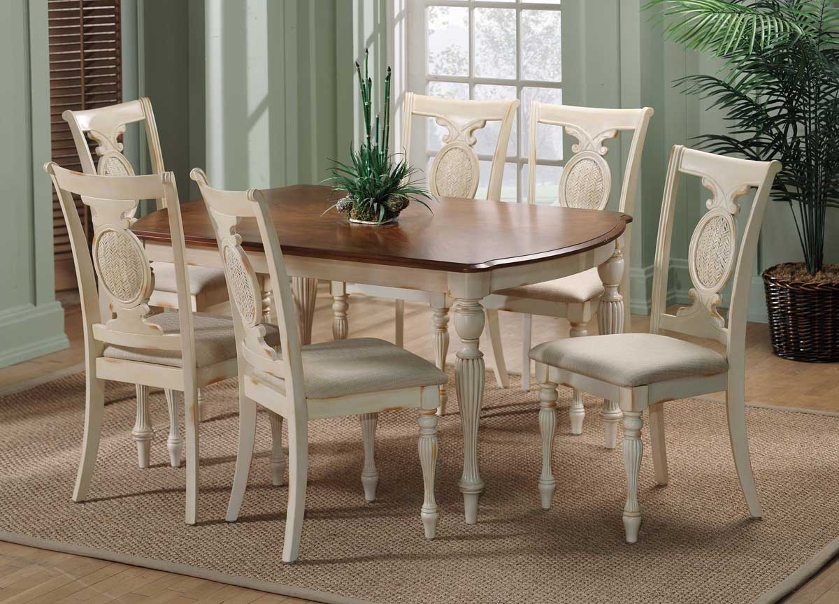 Hillsdale Cumberland Rectangular Dining Collection