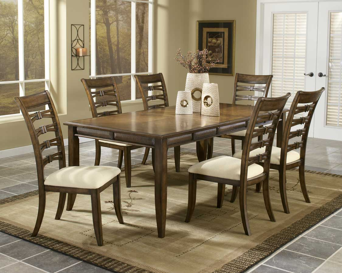 Hillsdale Lynnfield Dining Collection