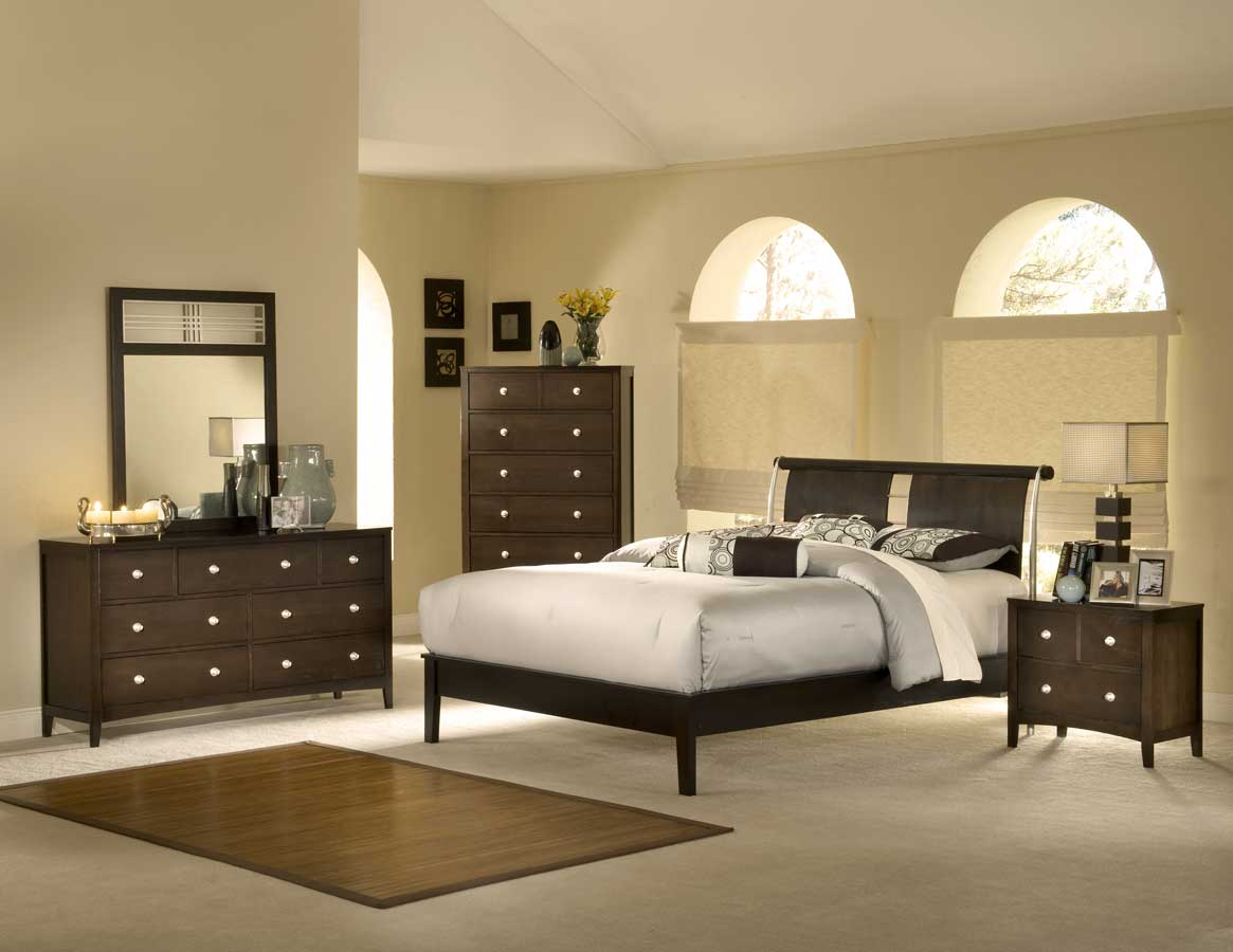 Hillsdale New Town Bedroom Collection