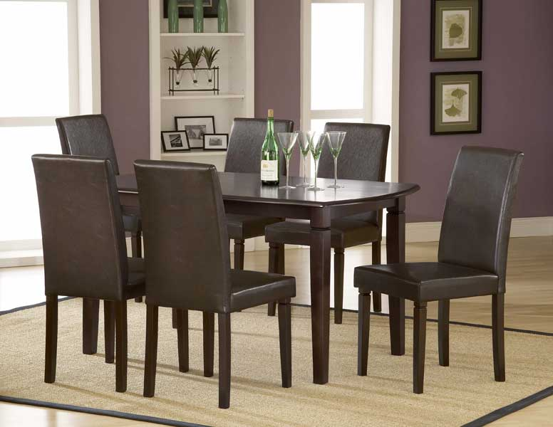 Hillsdale Verona Rectangular Dining Set With Parson Chairs