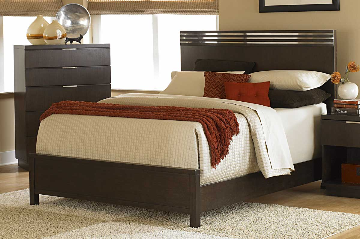 Homelegance Cologne Bed