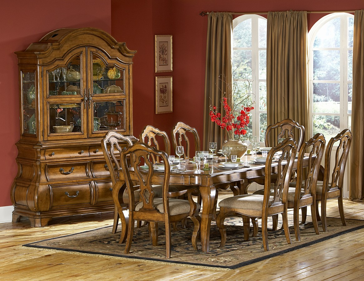 Homelegance Lexington Dining Set