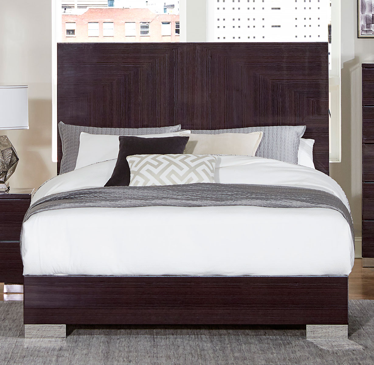 Homelegance Moritz Bed - High Gloss
