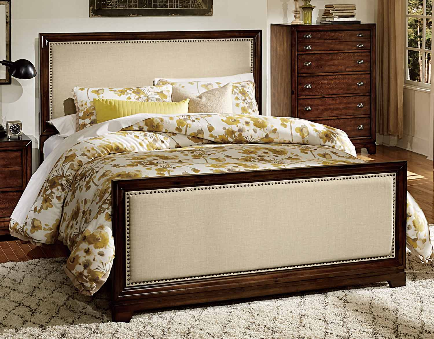 Homelegance Bernal Heights Upholstered Bed - Dark Walnut