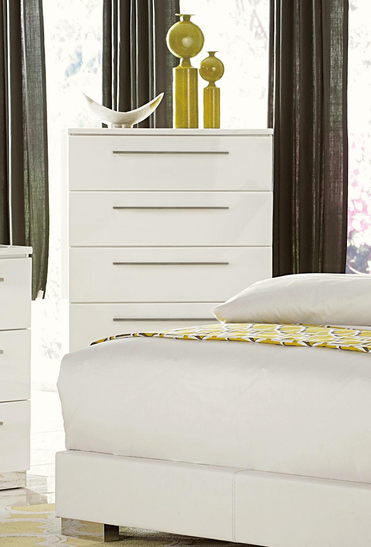 Homelegance Linnea Chest - High-Gloss White
