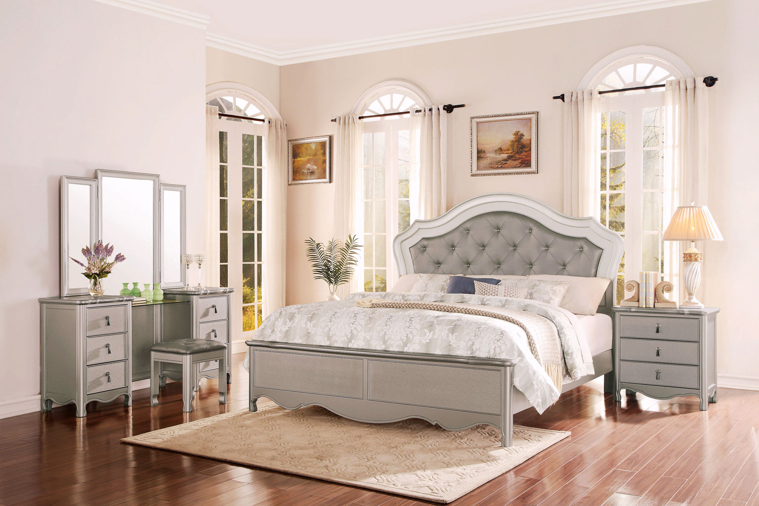 Homelegance Toulouse Upholstered Bedroom Set - Champagne