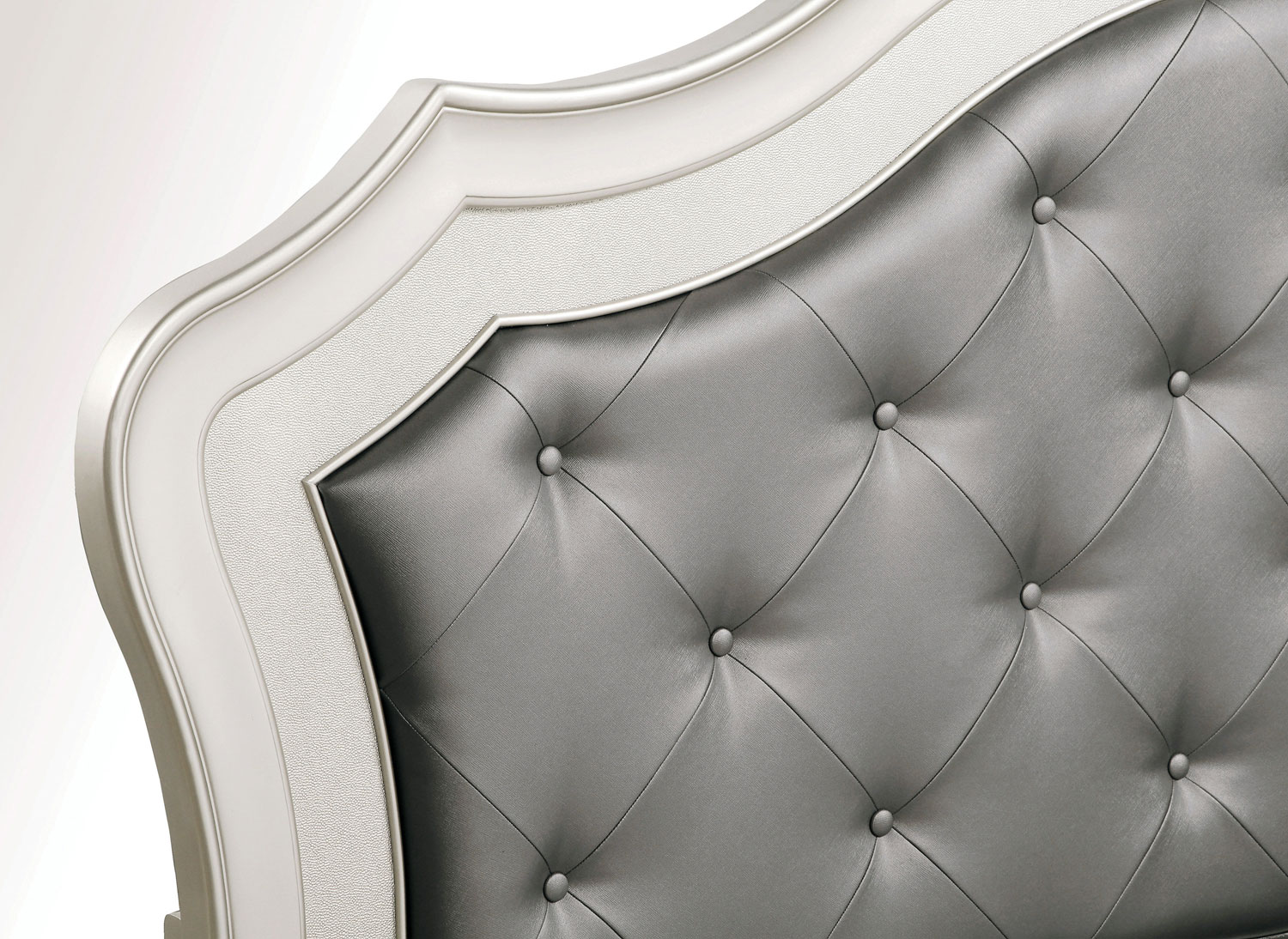 Homelegance Toulouse Upholstered Bed - Champagne