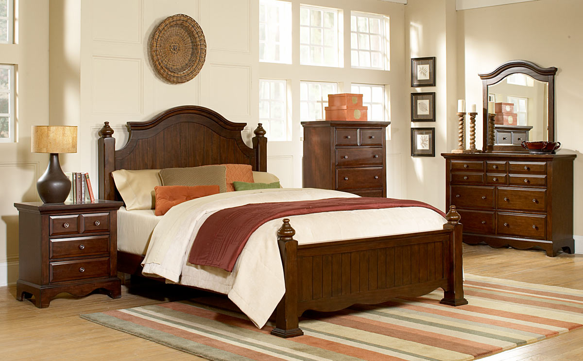 Homelegance Williamsburg Bedroom Set