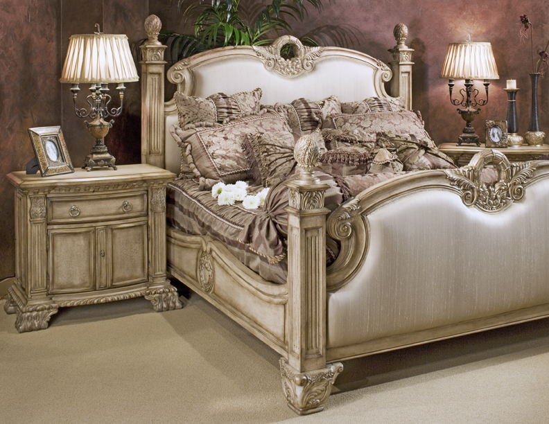 Homelegance DaVinci Bed