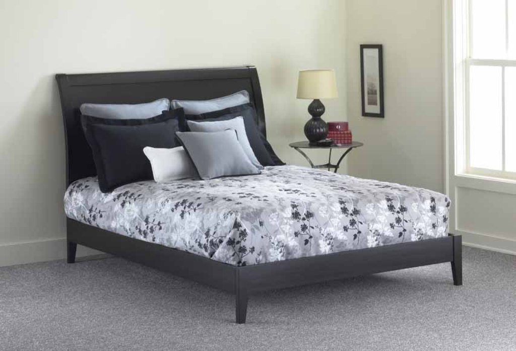 Legget Platt B51E35 Java Platform Bed with Rails Queen Black