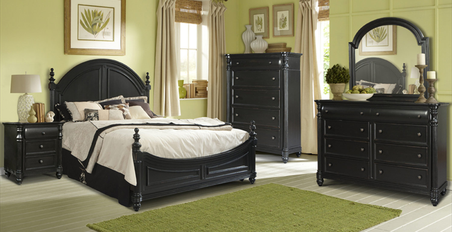 Klaussner Westport Poster Bedroom Set