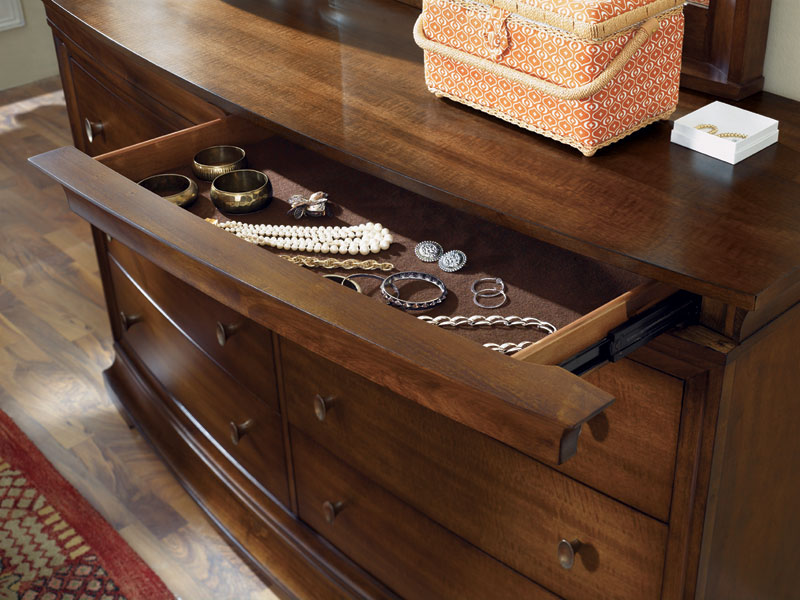Legacy Classic Bennington Dresser