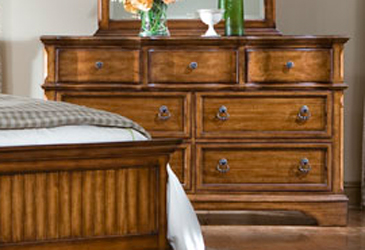 Legacy Classic Orleans Dresser