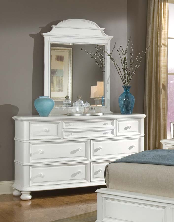 Legacy Classic South Hampton Dresser with Arched Mirror