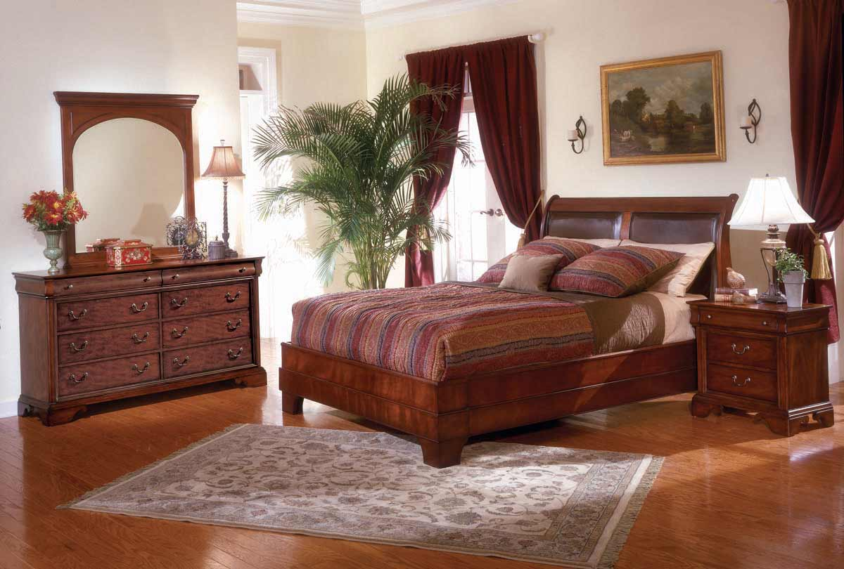 Legacy Classic Chateau Louis Platform Bedroom Collection