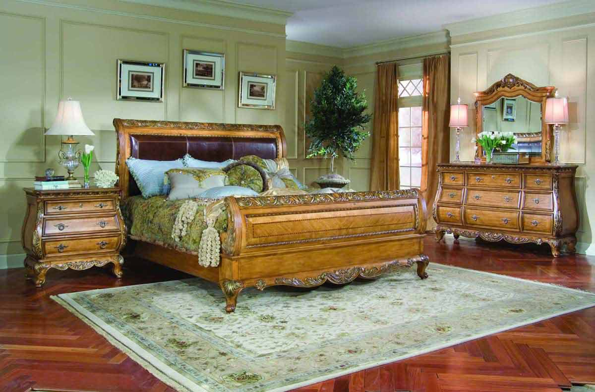 Legacy Classic Versailles Leather Sleigh Bedroom Collection