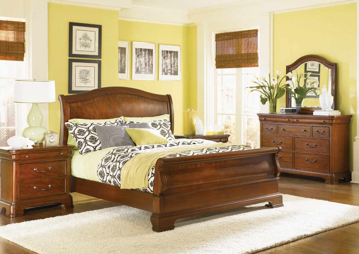 Legacy Classic Evolution Sleigh Bedroom Collection