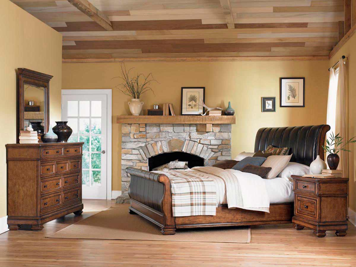 Legacy Classic Larkspur Leather Sleigh Bedroom Collection