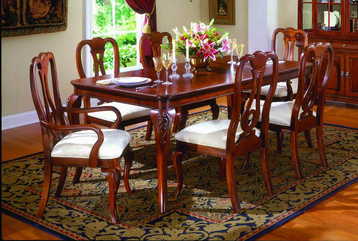Legacy Classic Chateau Louis Leg Dining Collection