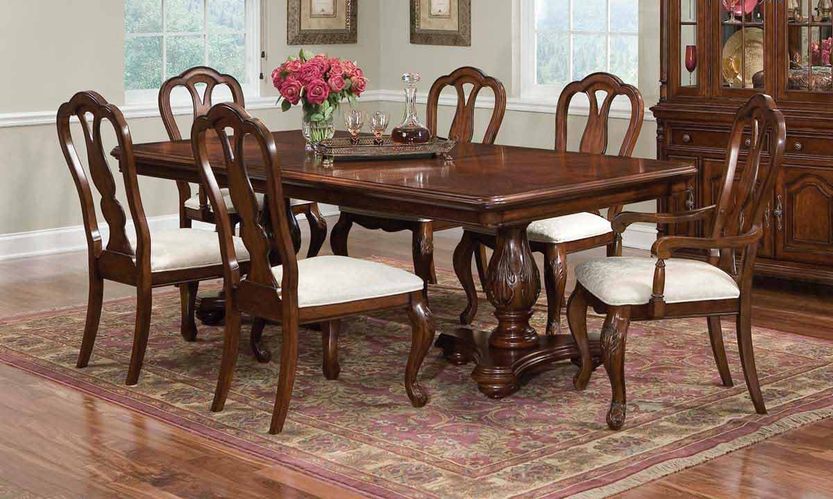 Legacy Classic Foxborough Rectangular Dining Collection