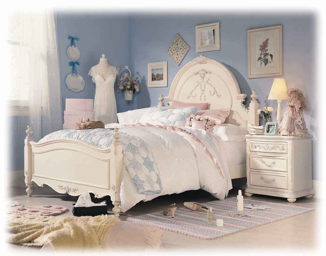 Jessica McClintock Romance Panel Bed-Lea Furniture