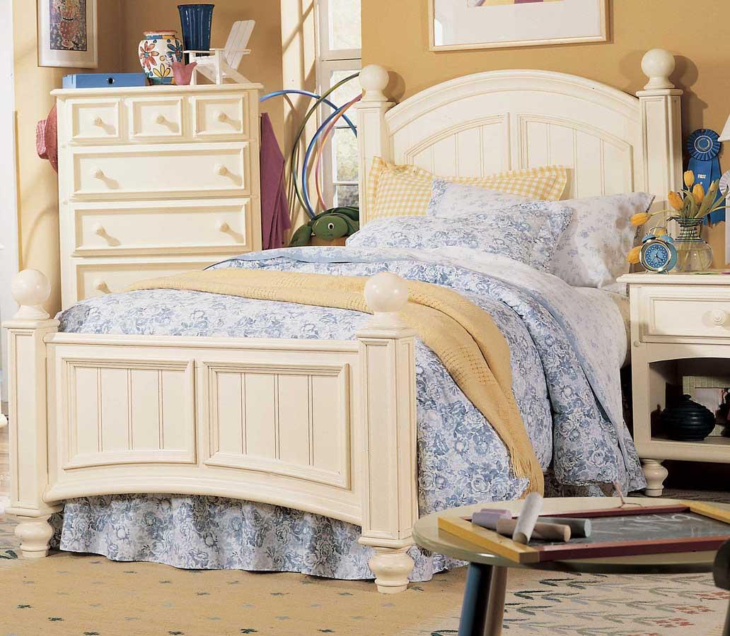 Lea Carolina Retreat Signature Panel Bed- Furniture