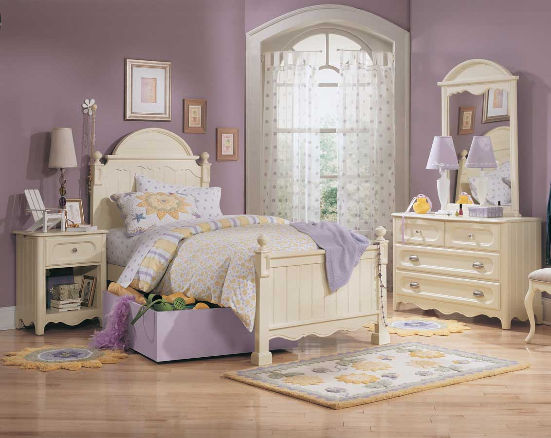 Lea Summerset Panel Bed- Furniture