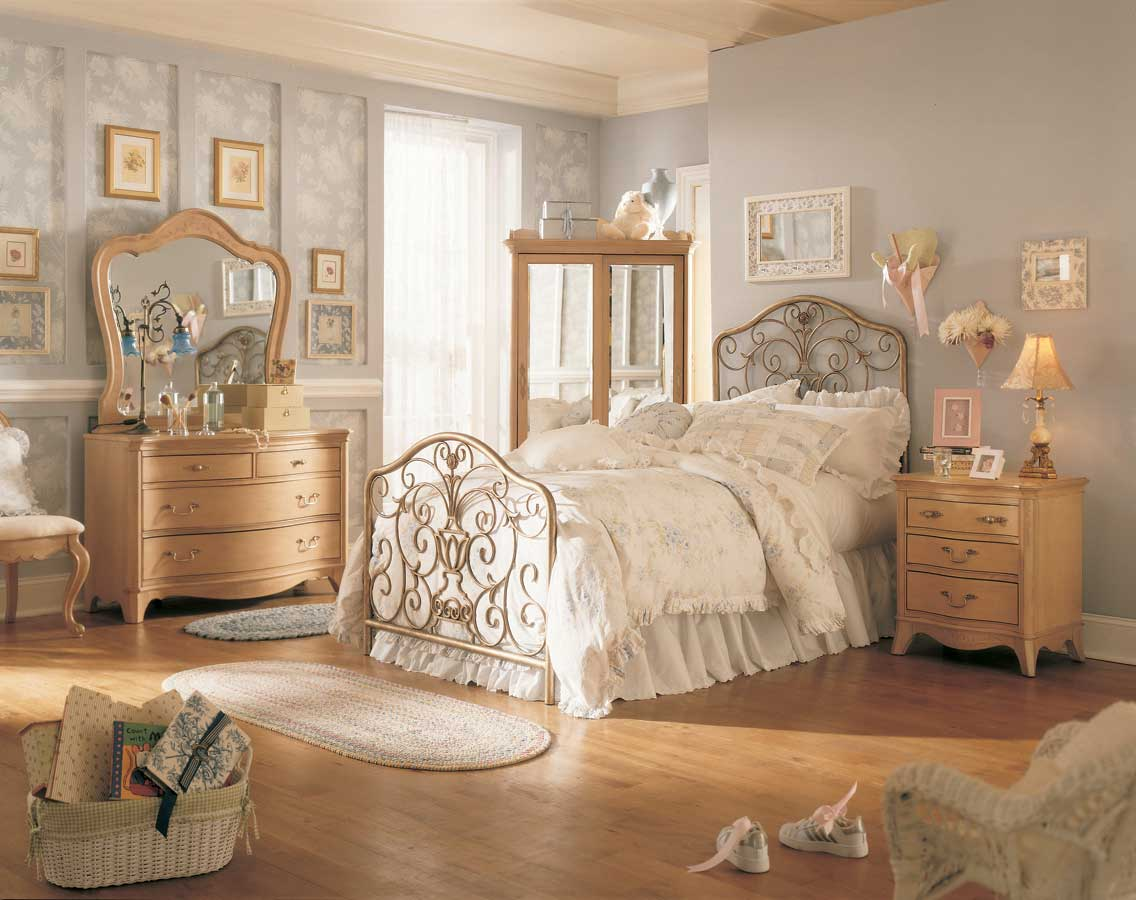 Lea Jessica McClintock Vintage Metal Bed Bedroom Collection ...