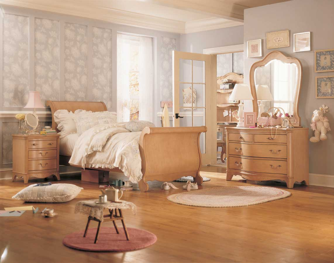 Household Goods and Furniture - Jessica McClintock Vintage Sleigh Bedroom Collection-Lea Furniture