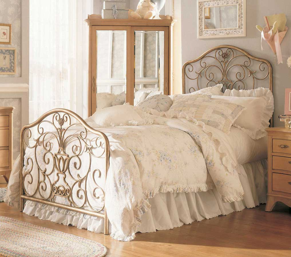 Jessica McClintock Vintage Metal Bed  Furniture