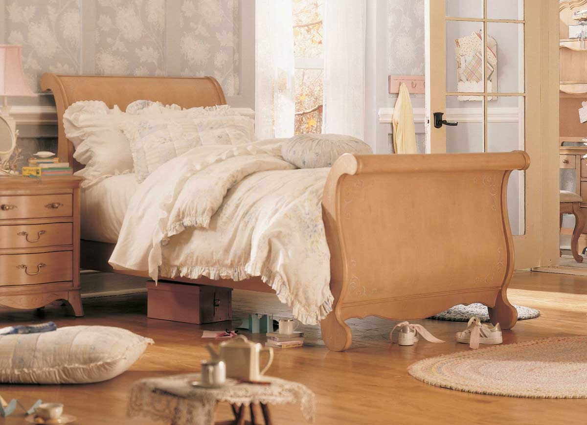 Jessica McClintock Vintage Sleigh Bed- Furniture