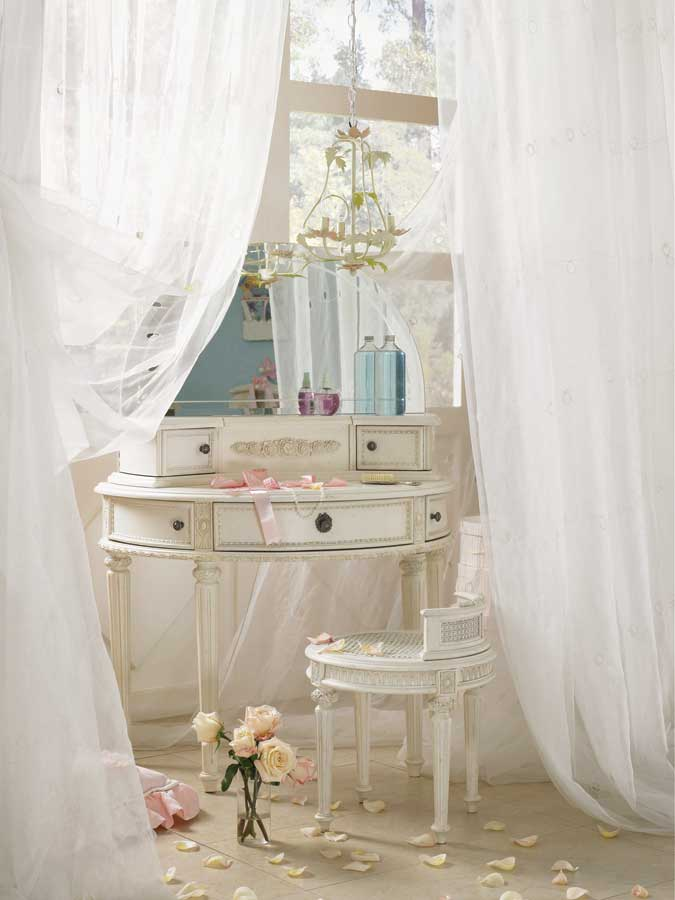 Emmas Treasures Vanity with Mirror-Lea Furniture