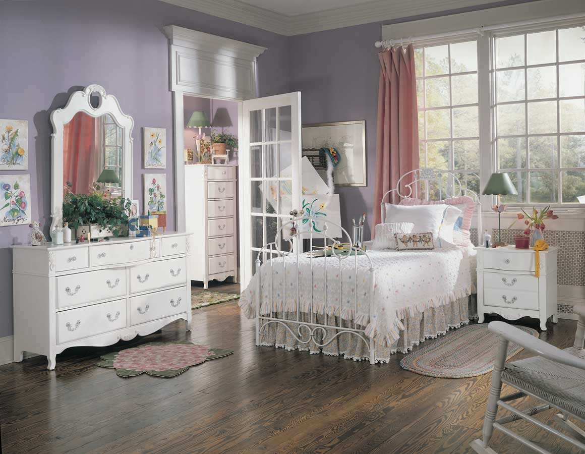 Lea Victoria Metal Bedroom Collection- Furniture 930-9X1R-Set at ...