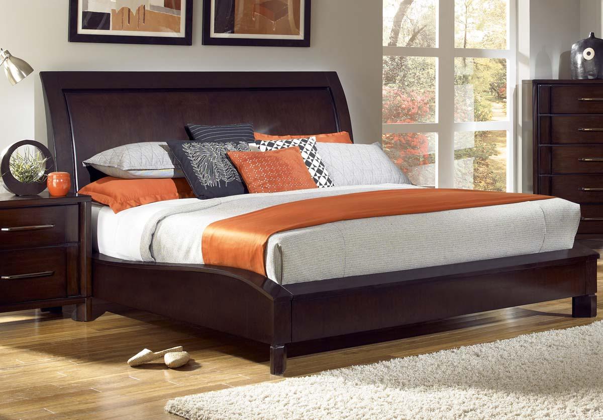 Pulaski Amaretto Bed