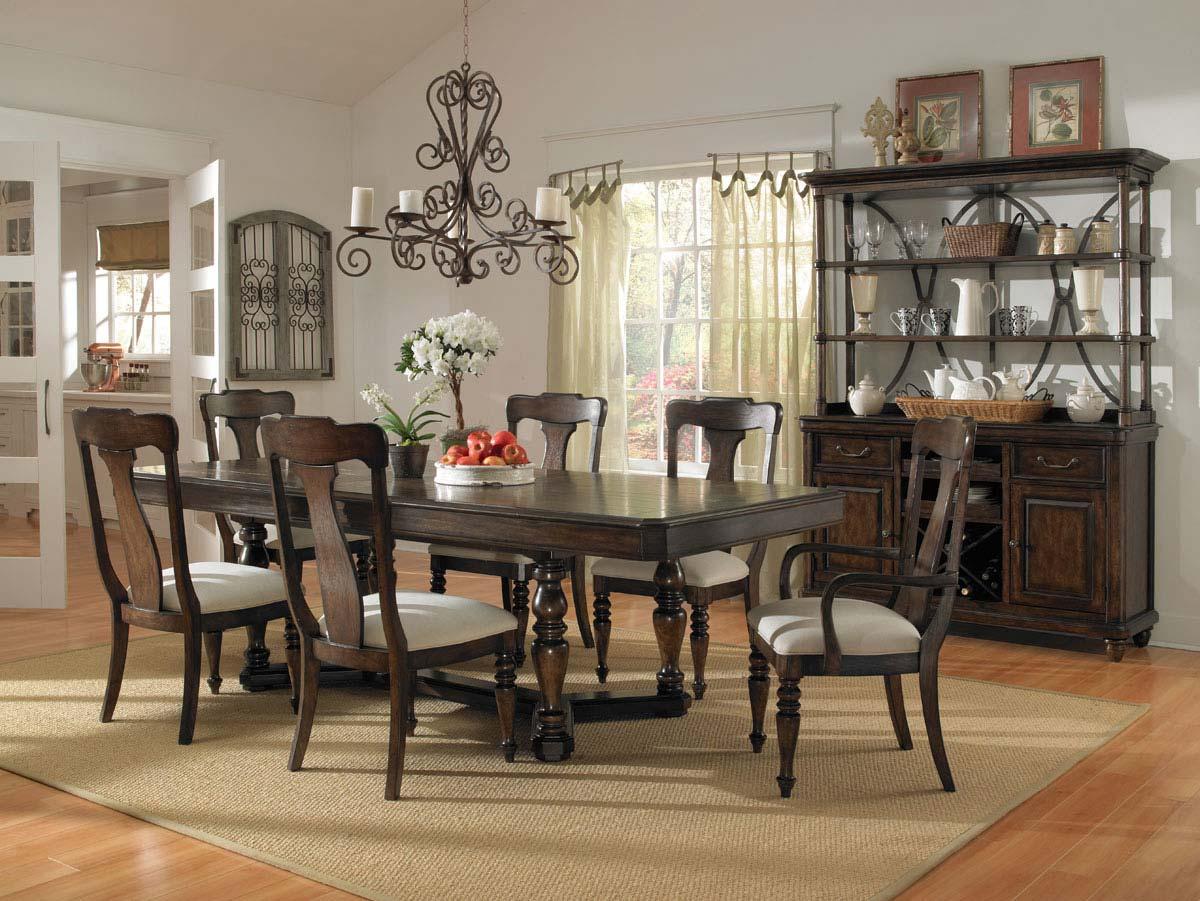Pulaski Saddle Ridge Dining Set