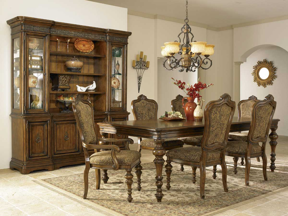 Pulaski Cantabria Leg Dining Collection