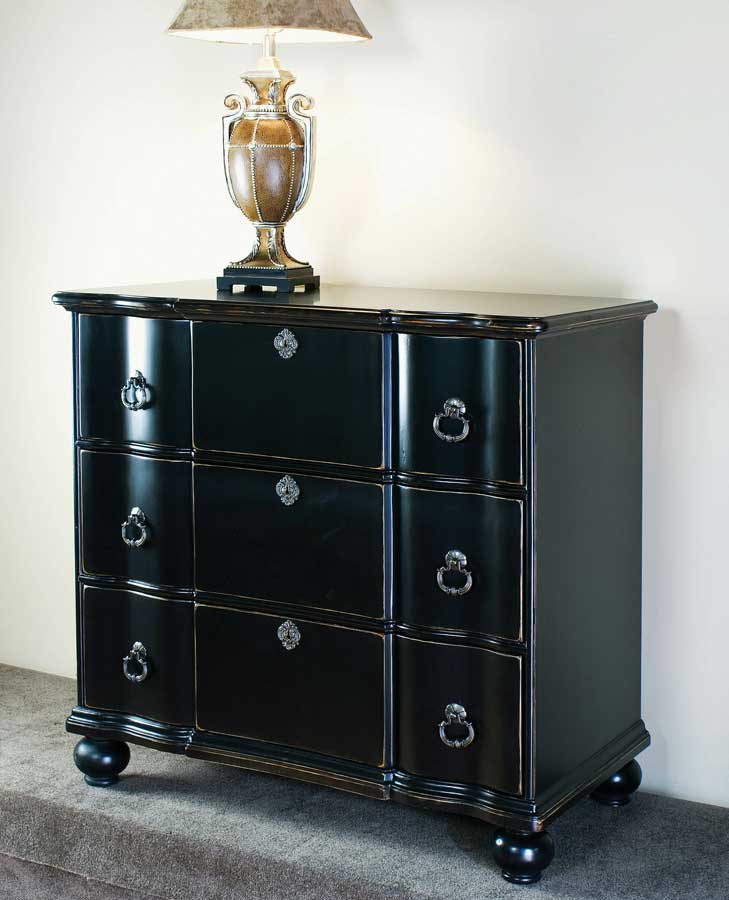 Cheap Pulaski Sable Accent Chest