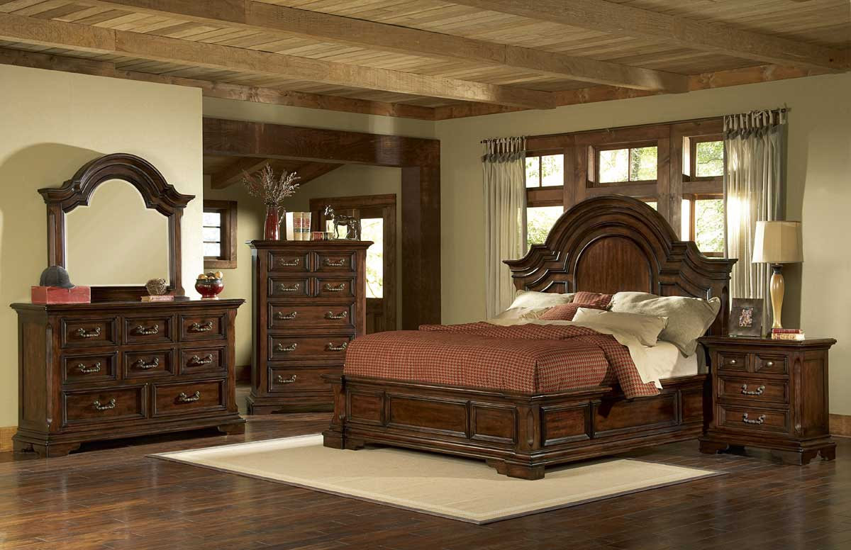 Pulaski Timber Heights Panel Bedroom Collection