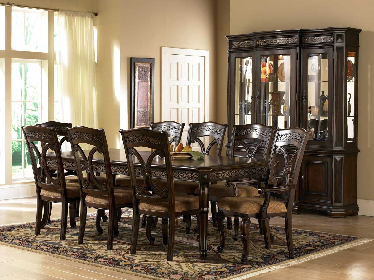 Pulaski Costa Dorada Dining Collection