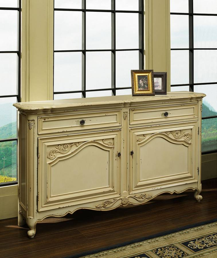 Cheap Pulaski Cream Coco Hall Chest