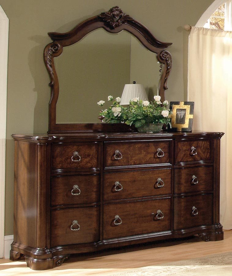 Pulaski Inglewood Dresser
