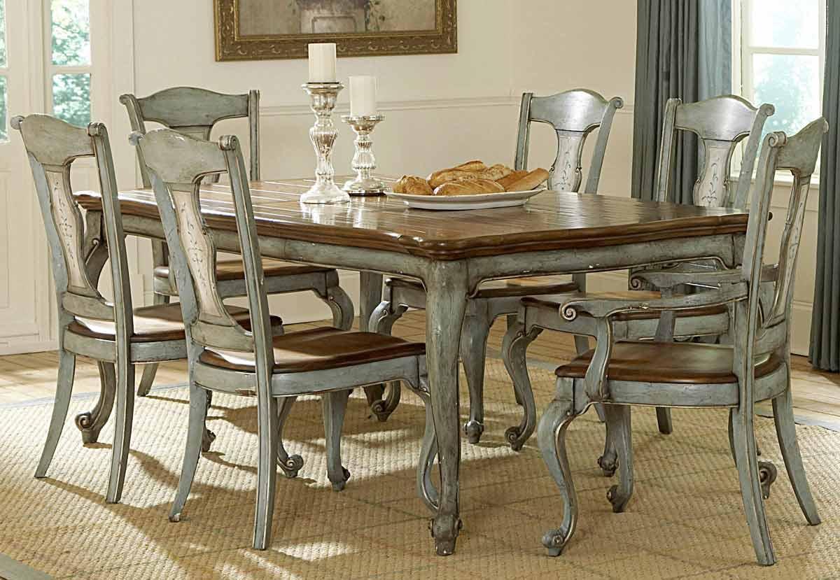 Pulaski Jolie Rectangular Dining Collection