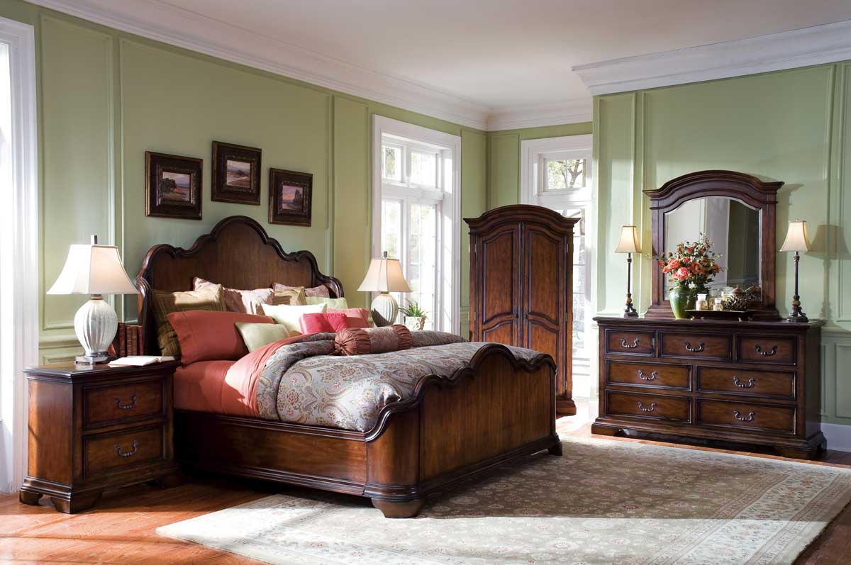 Pulaski Dovershire Bedroom Collection