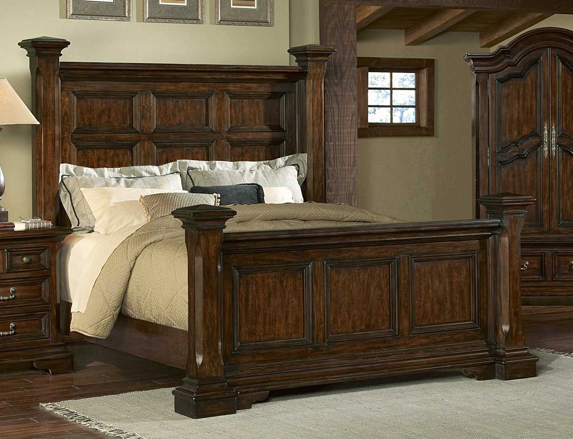 Pulaski Timber Heights Poster Bed